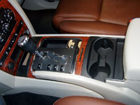 jeep commander center console
